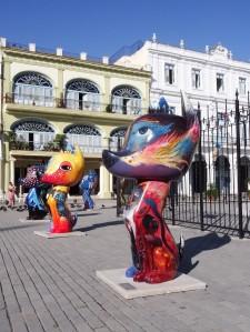 Art, Plaza Vieja, Havana